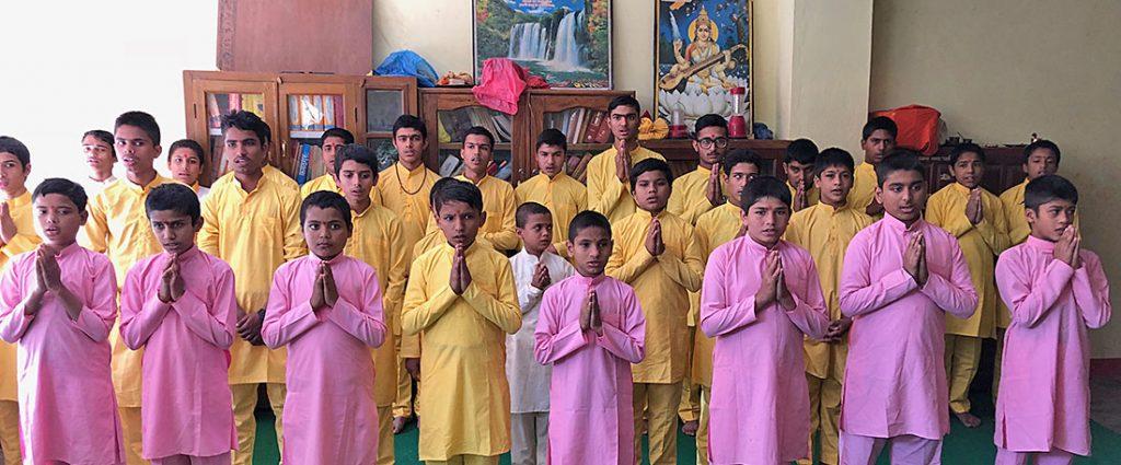 Pandit-Schule im Gebiet von Pokhara – Pandit School in the Pokhara area